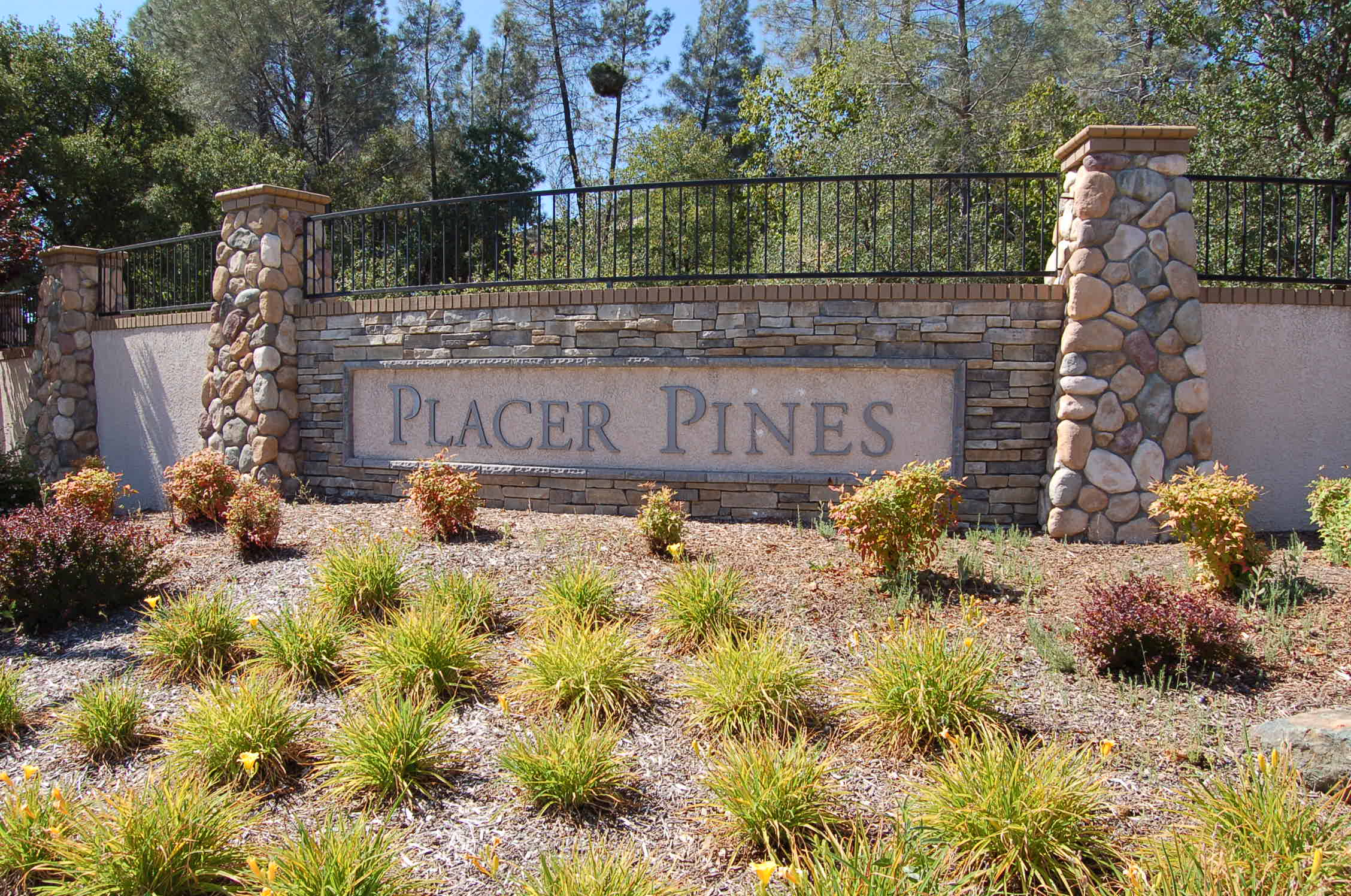 Residential Projects - Placer Pines
